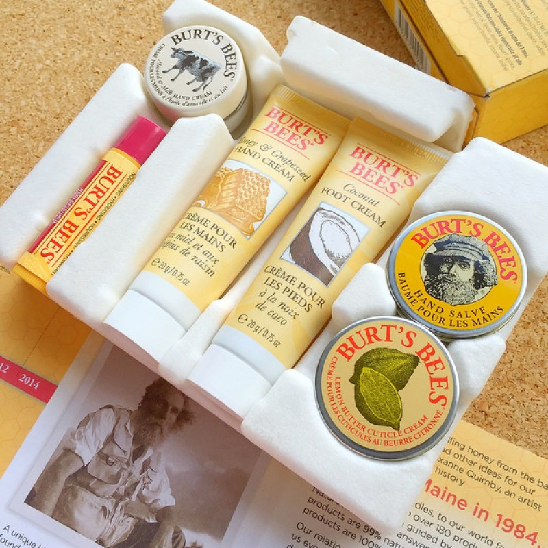 How to repair your dry and cracked skin with Burt's Bees Tips & Toes Kit