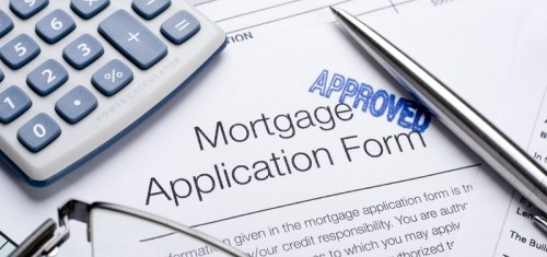 Rate on 30 Year Mortgages Falls to 4.8%