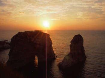 Coucher de soleil à Raouché par Ph.Vaugouin