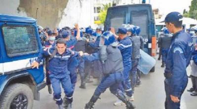"""L'""""Algérie nouvelle"""" s'installe dans la dictature"""