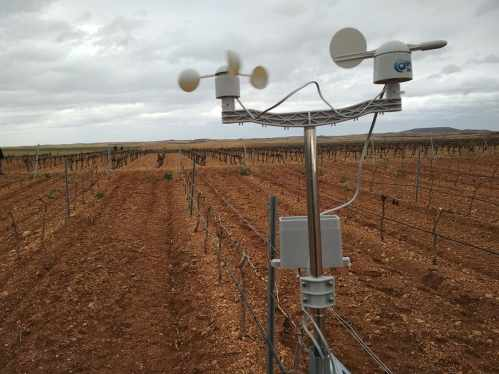 Libelium Waspmote Plug & Sense! Smart Agriculture in Agrotech project