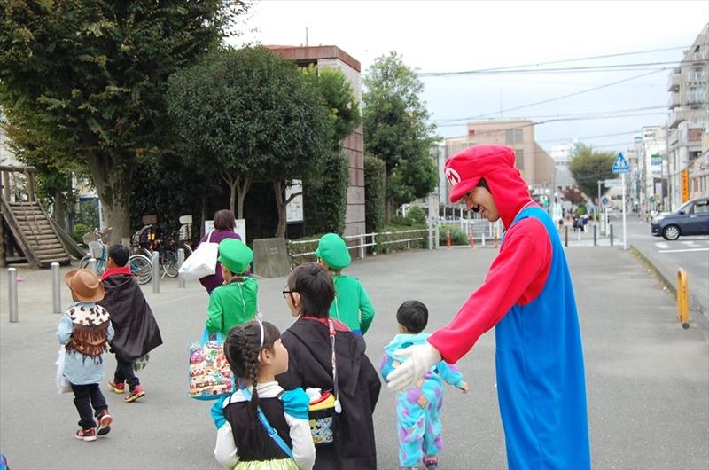 子どもたちもたくさん遊びに来てくれました