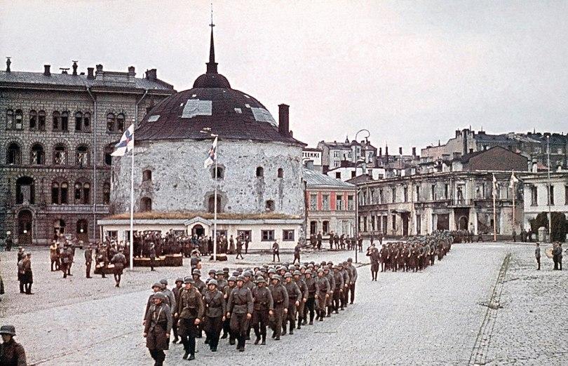 Seiersparaden til det finske militæret som feirer gjenerobringen av Vyborg, 31. august 1941. Foto: Ukjent/Det finske militærmuseet.