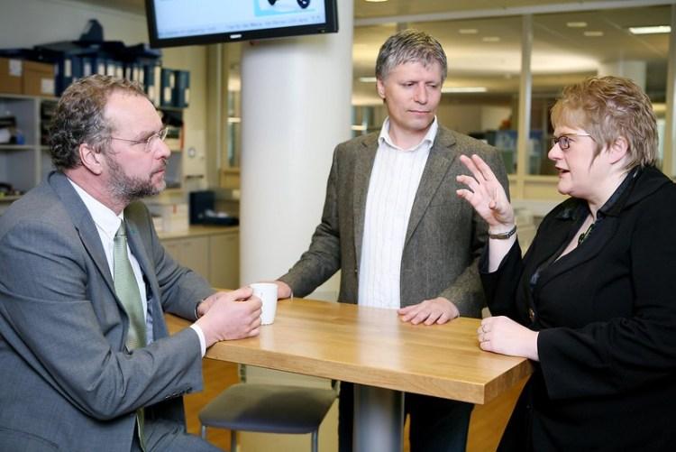 Lars Sponheim, Ola Elvestuen og Trine Skei Grande på Venstres Hus i 2009. Foto: Caroline Roka / Venstre CC.BY.SA