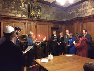 York Candle Lighting