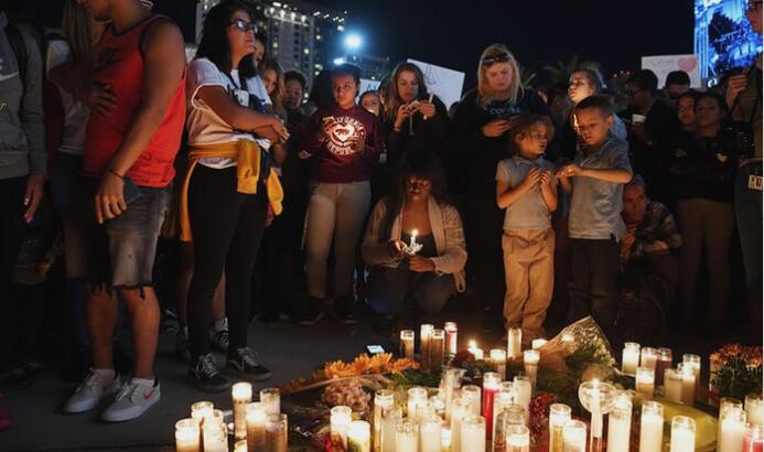 Las Vegas shooting vigil