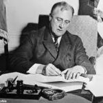 FDR signs emergency banking act image