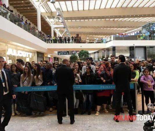 Arese Shopping Center code