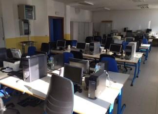 scuola elementare arconate aula informatica tangram