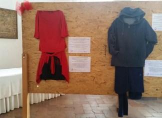 In mostra gli abiti indossati dalle vittime di violenza