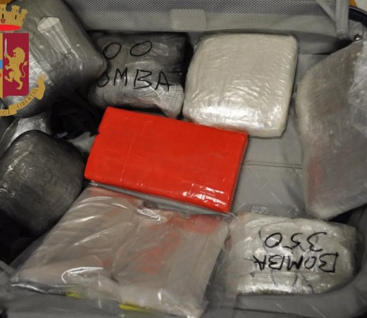 droga armi 8 arresti milano como