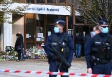 scuola attentato prof francia
