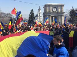 Referendum pentru Unirea cu R. Moldova: s-au strâns deja 130 000 de semnături