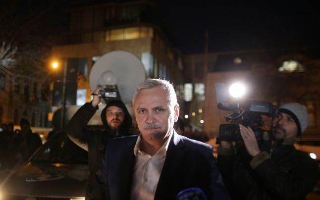 Judecătoarele lui Dragnea i-au mai dat răgaz o lună în dosarul angajărilor fictive de la Protecția Copilului Teleorman