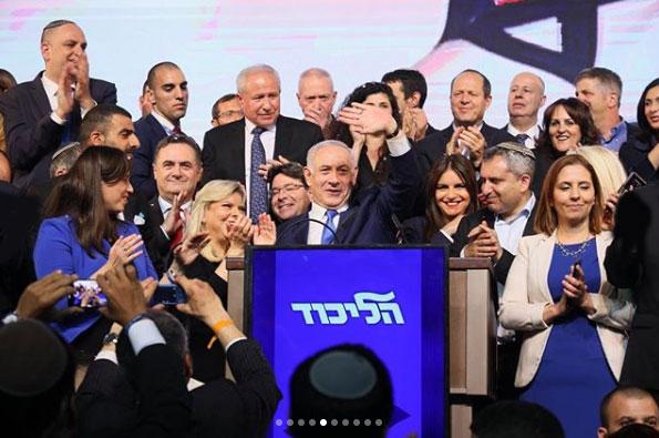 Elezioni Israele, exit poll contrastanti: Netanyahu e Gantz cantano vittoria