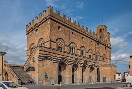 Palazzo_Capitano_del_Popolo