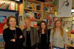 Elsa Vasseur et l'équipe de la Librairie Nicole Maruani