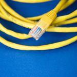 Com um servidor em cada casa, podemos retomar o controlo da internet