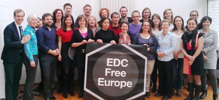 Miembros de las organizaciones de la campaña contra los contaminantes hormonales EDC Free Europe. reunidos en Bruselas