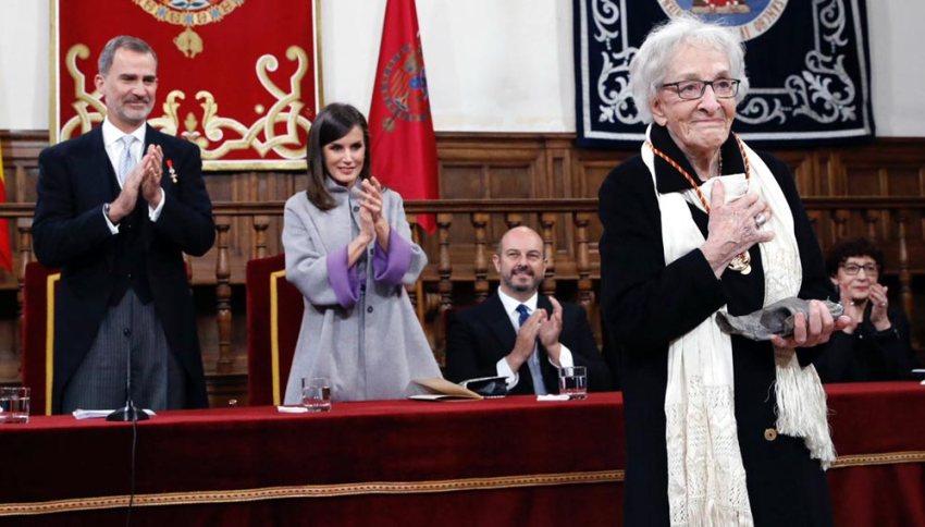 Ida Vitale recoge el Premio Cervantes