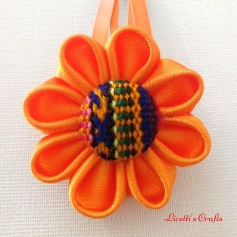 flor kanzashi para pinza naranja
