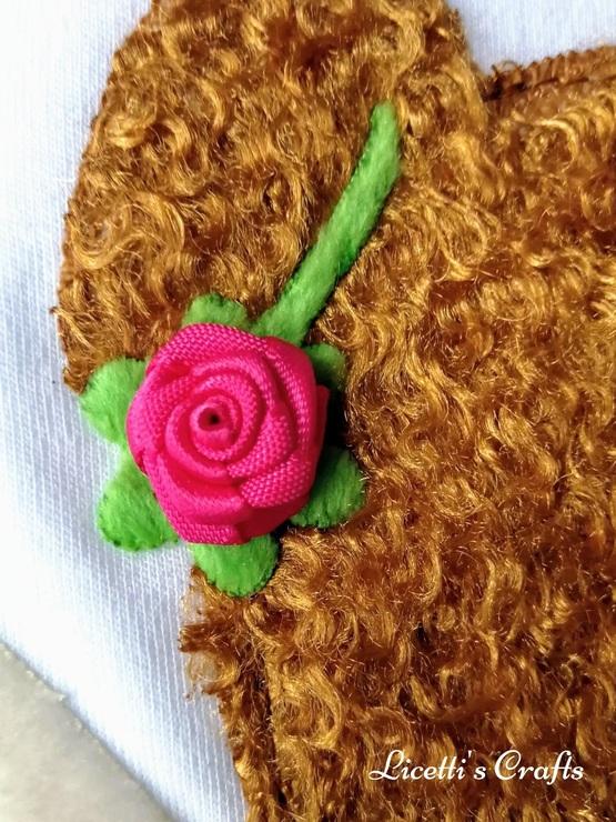 detalle flor camiseta pima Isabella