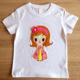 camiseta manga corta con relieve hecha a mano princesa
