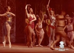 1977-12-29-1978-01-03-05-ADRIANA LECOUVREUR-2-M. Guerrero,Asuncion Aguadé,Mercè Núñez,Gina Rigola,Gloria Gella