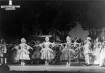 1963-12-10-MANON-Elisa. Bonet, C. Guinjoan, Asun. Aguadé,,,