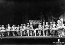 1968-12-21-MANON-A. Rovira(de negro), C. Guinjoan, F. Lizundia, Asun. Aguadé, G. Coll, I. Junyent