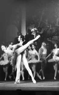 1977-01-07-ROMEO Y JULIETA-Asunción Aguadé, Fernando Lizundia