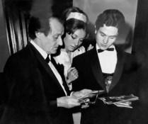 1968-05-07-Gala-màscara escolpida en bronze de la llegendària Anna Pavlova-Anton Dolin, C. Guinjoan, A. Rovira.