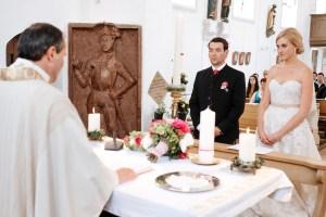 Lichtbetont-Fotograf-Hochzeit-Hohenkammer-Schloss-Ingolstadt-Bayern-Augsburg-Neuburg-Eichstätt-Pfaffenhofen-bester-Hochzeitsfotograf-Hochzeitsfotos-Altmühltal-Ilm