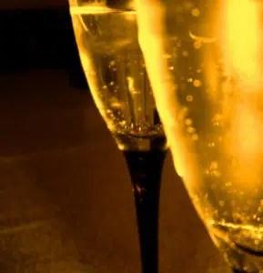 Subastada una botella de vino de hace 200 años por 38.000 Euros.