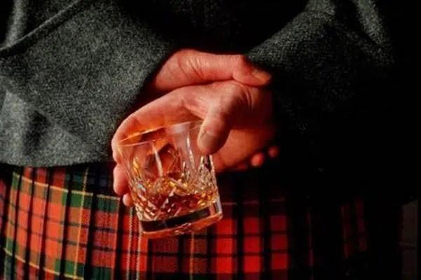 Subida de impuestos de alcohol en Escocia