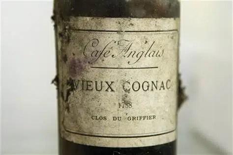Rompe botella de Cognac de 1788