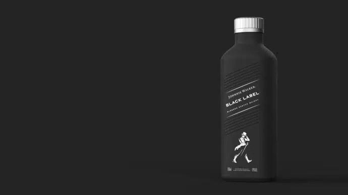 Whisky Johnnie Walker ha anunciado nueva botella de papel para 2021