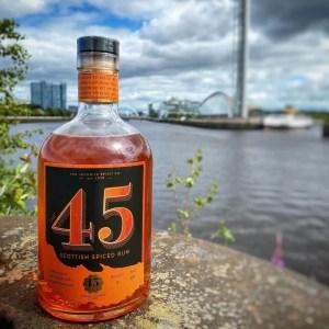 El 45 es el producto estrella de la destilería
