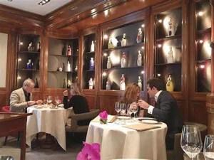 Maison Rostang vino robado