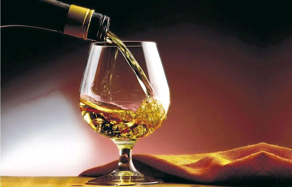 Reino Unido: fin de aranceles sobre ron, vodka y brandy de EE. UU.