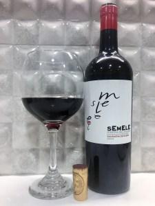 Semele es un vino de las Bodegas Montebaco