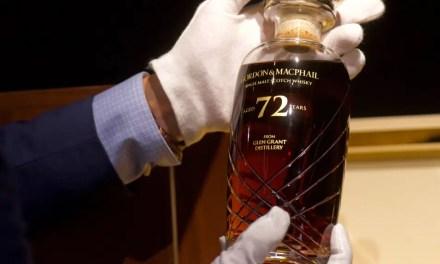 Raro whisky escocés de 72 años se subasta en Hong Kong
