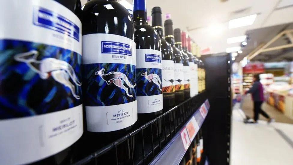 Británicos compran vino australiano que no fue a China