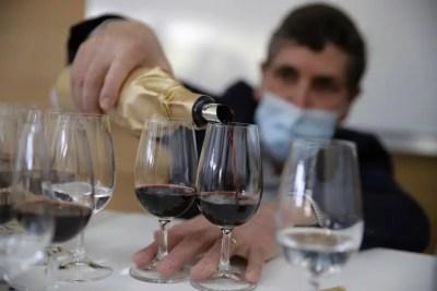 cata de vinos en Burdeos