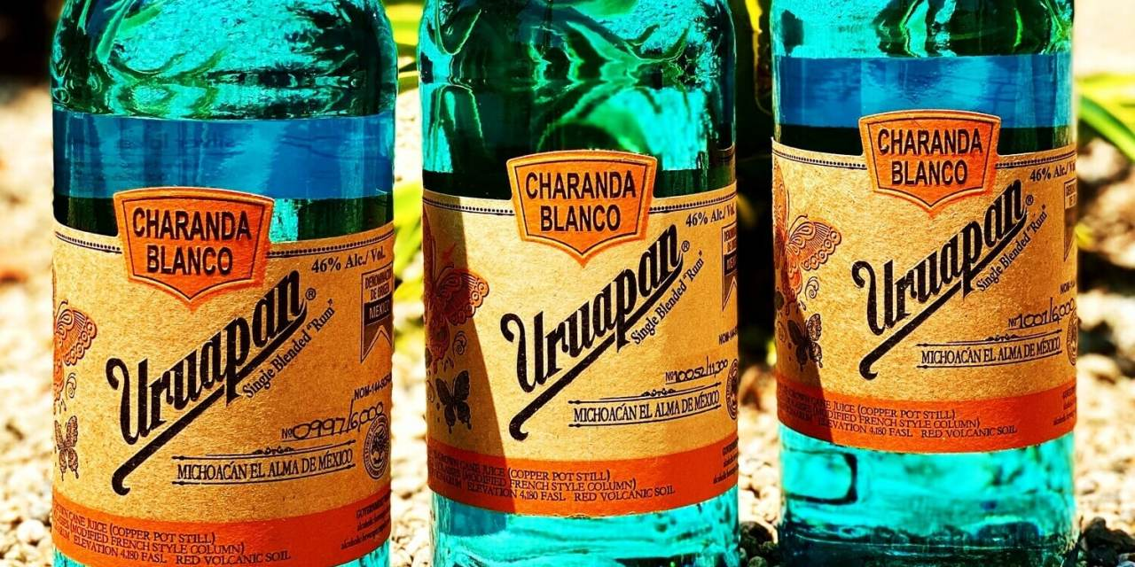 Ron Uruapan Charanda blanco: suave, rico y con un toque original