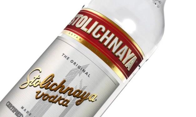 Stoli es un vodka ruso de estilo clásico de amplia demanda