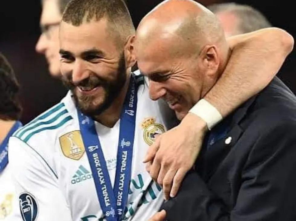 Zidane: «Benzema es un jugador increíble y merece el Balón de Oro»