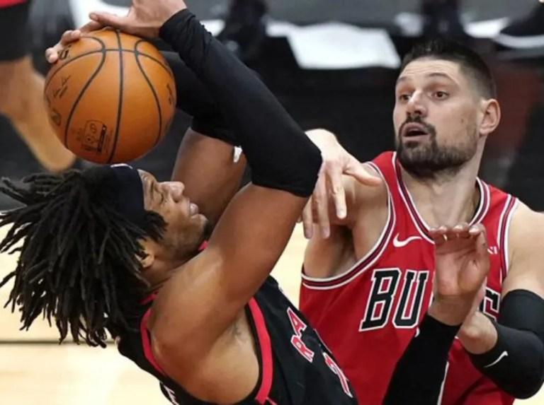 Chicago vence y se mantienen en lucha por play-in del Este
