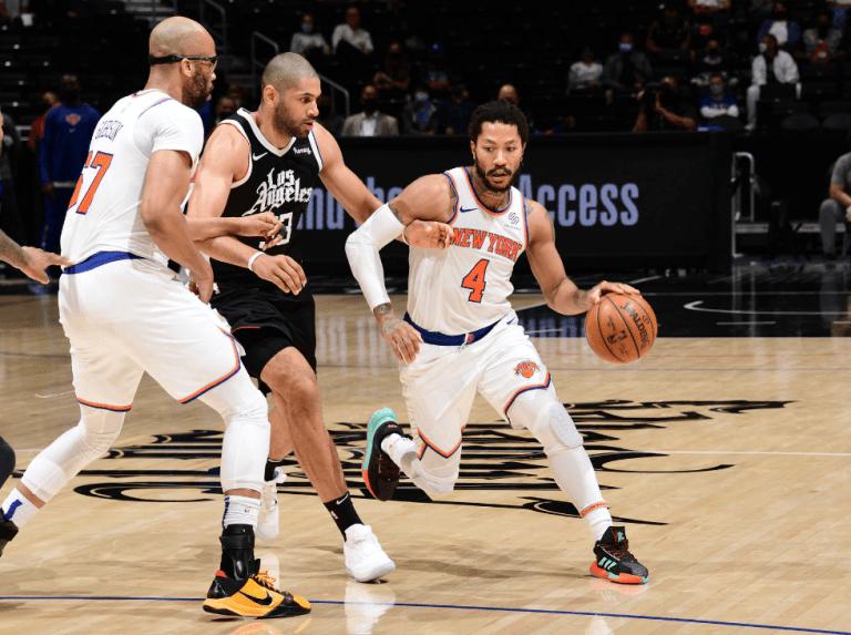 Knicks tumban a los Clippers y defienden su cuarta plaza