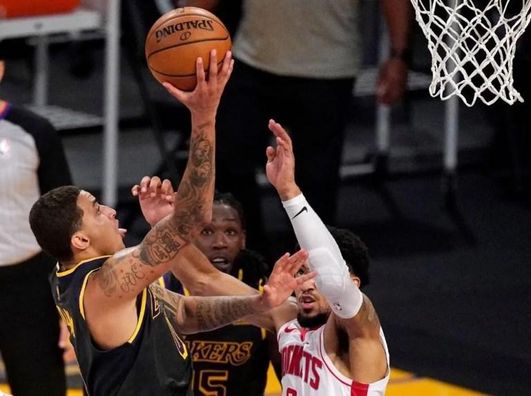Lakers mantienen esperanzas de evitar el Play-in